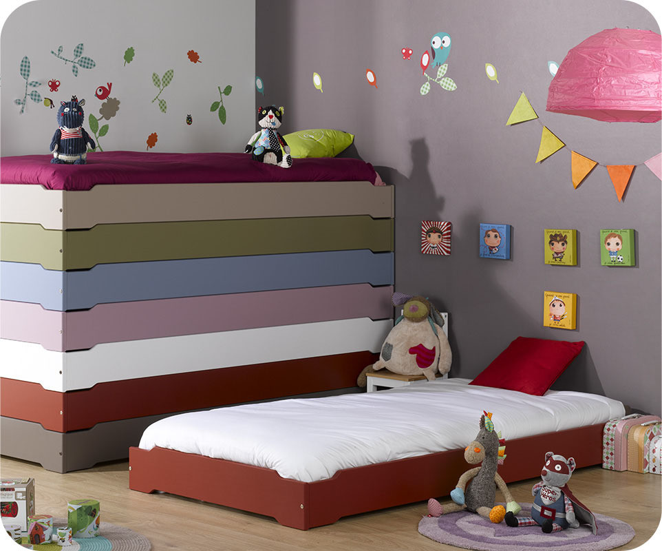 lit enfant empilable rouge basque 90x190 cm avec sommier. Black Bedroom Furniture Sets. Home Design Ideas