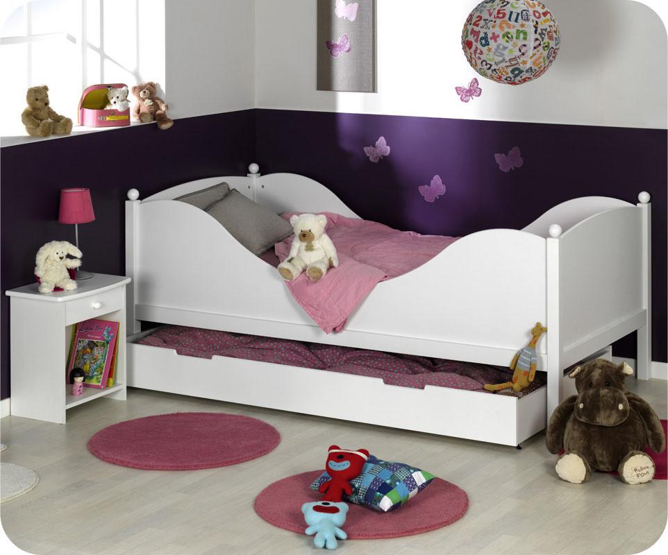 chambre enfant color blanche. Black Bedroom Furniture Sets. Home Design Ideas
